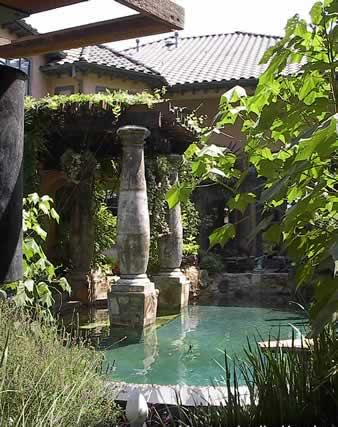 Водоемы и фонтаны